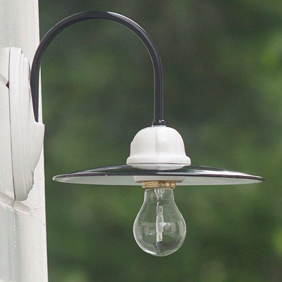klassische appliquemit emailliertem schirm von ferroluce im onlineshop f r landhauslampen. Black Bedroom Furniture Sets. Home Design Ideas