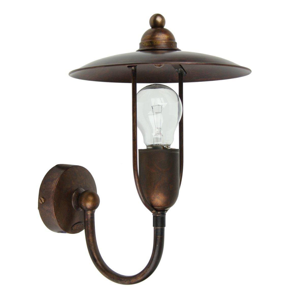 rustikale messing wandlampe im historischen stil vom. Black Bedroom Furniture Sets. Home Design Ideas