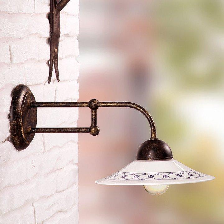 historische wandleuchte in eisen mit keramikschirm. Black Bedroom Furniture Sets. Home Design Ideas