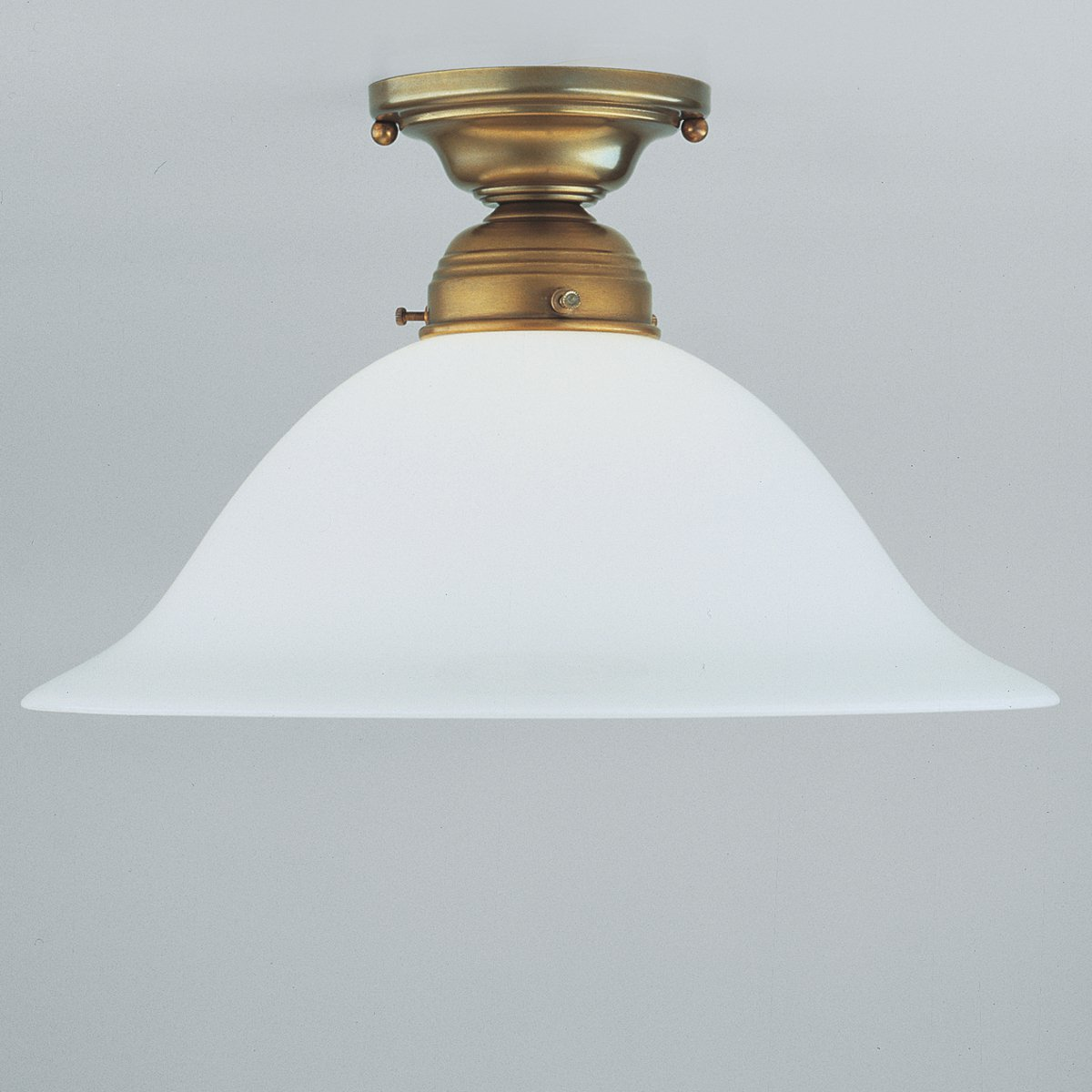 ida klassische deckenlampe mit verschiedenen glasschirmen von berliner messinglampen g nstig. Black Bedroom Furniture Sets. Home Design Ideas