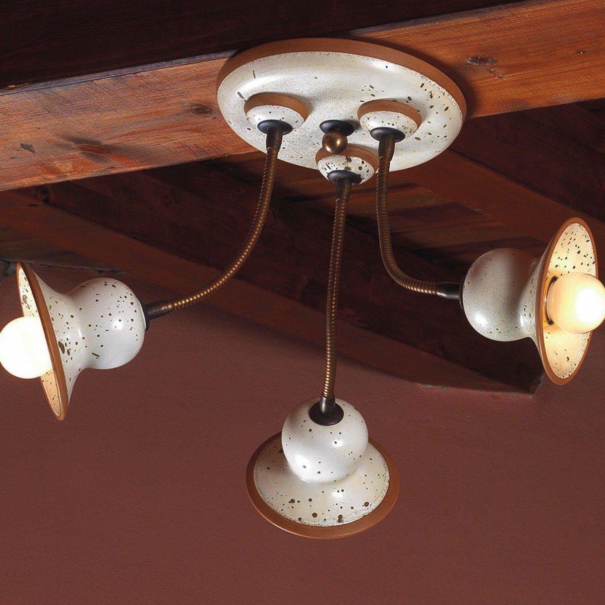 italienische deckenlampe im modernen landhausstil mit drei. Black Bedroom Furniture Sets. Home Design Ideas