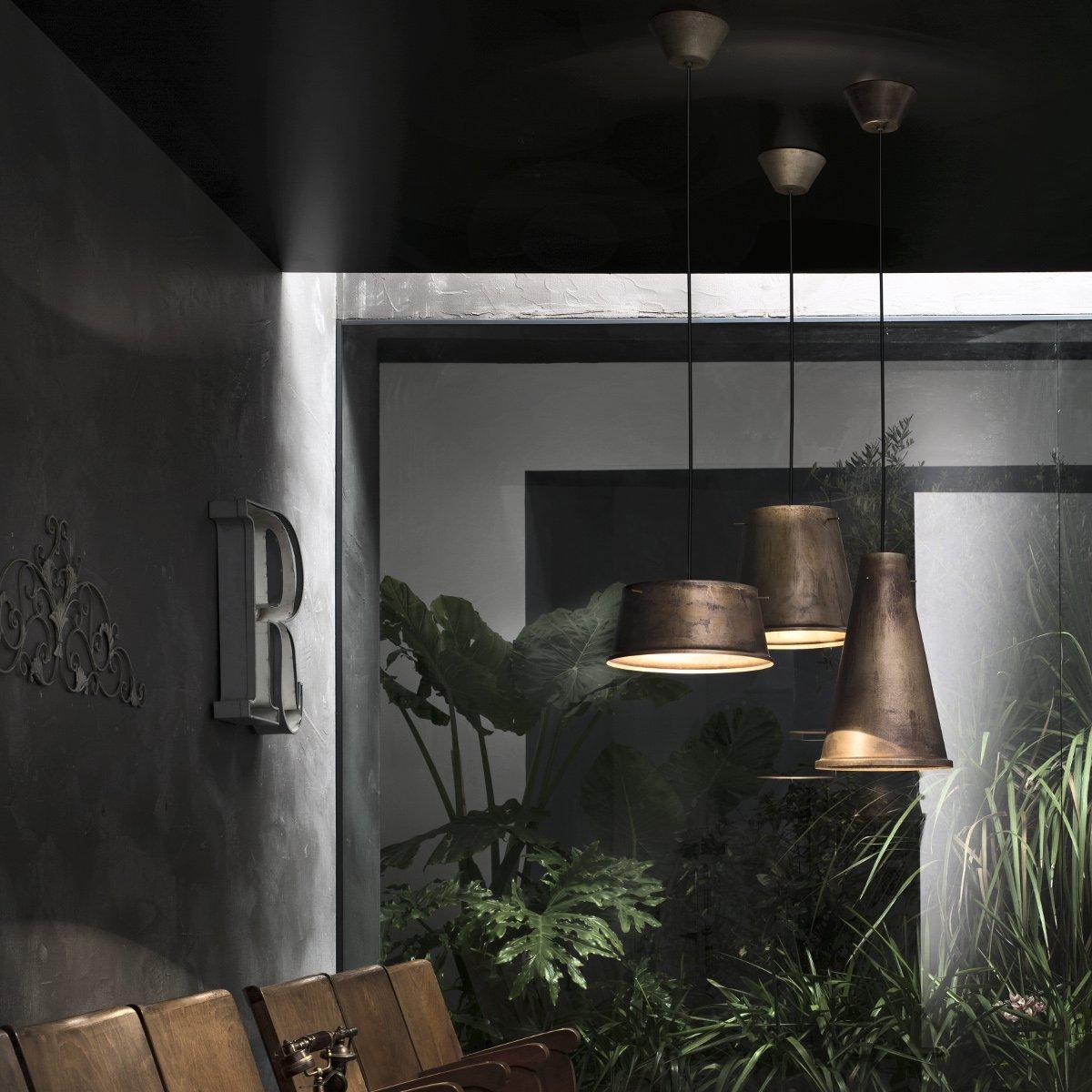 eisen pendelleuchte im industriedesign von il fanale. Black Bedroom Furniture Sets. Home Design Ideas