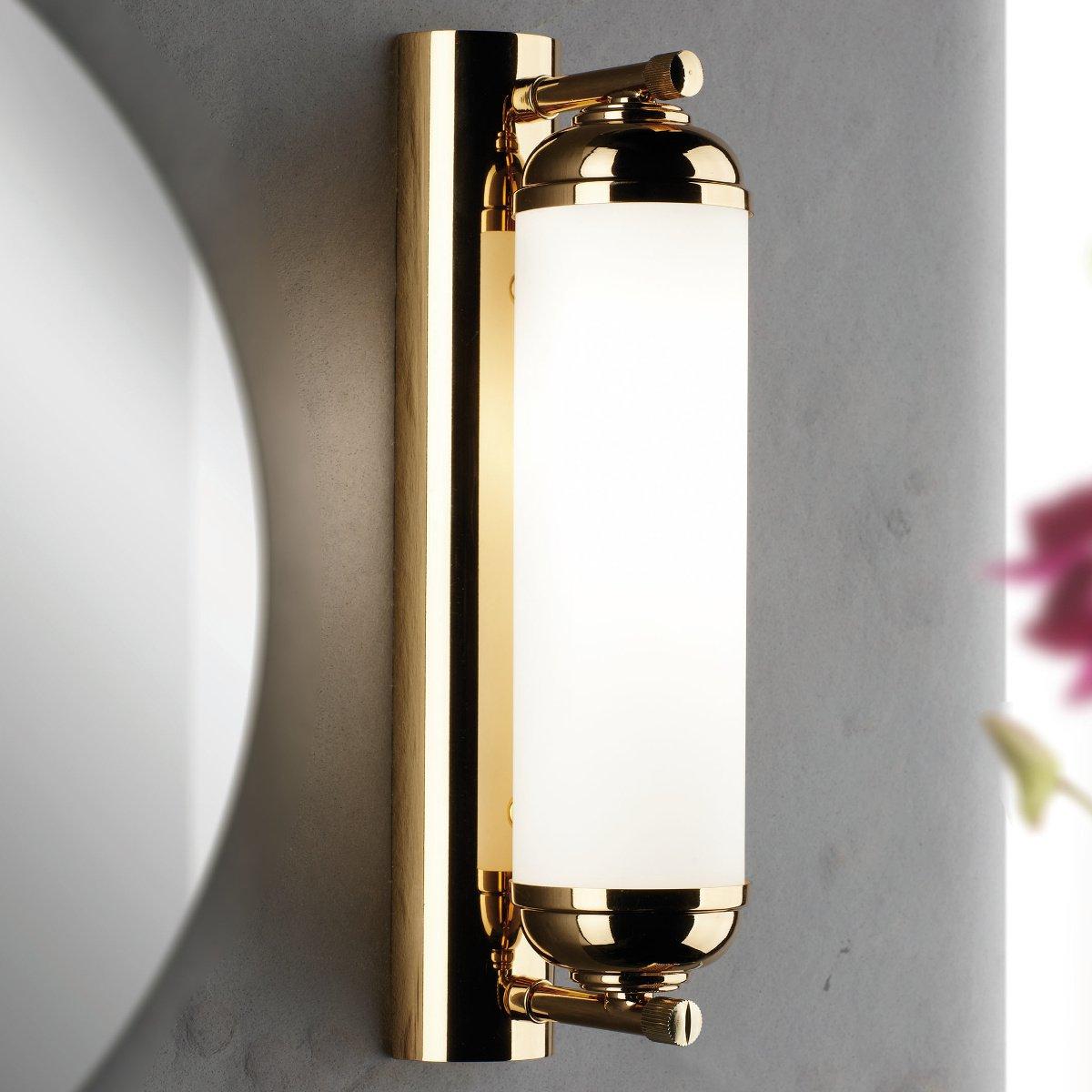 elegante l ngliche spiegelleuchte mit glasschirm und. Black Bedroom Furniture Sets. Home Design Ideas
