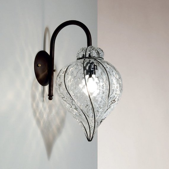 elegante wandleuchte mit murano glas in tropfenform. Black Bedroom Furniture Sets. Home Design Ideas