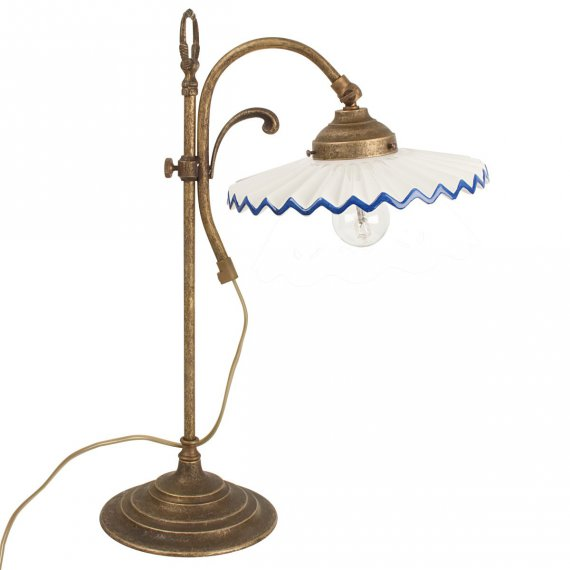 klassische tischleuchte im historischen stil lampen. Black Bedroom Furniture Sets. Home Design Ideas