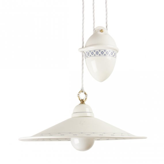 Mediterrane Zuglampe Mit Großem Keramikschirm Mit Blauem Dekor